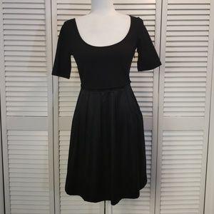 Theory black satin skirt dress Sz 6